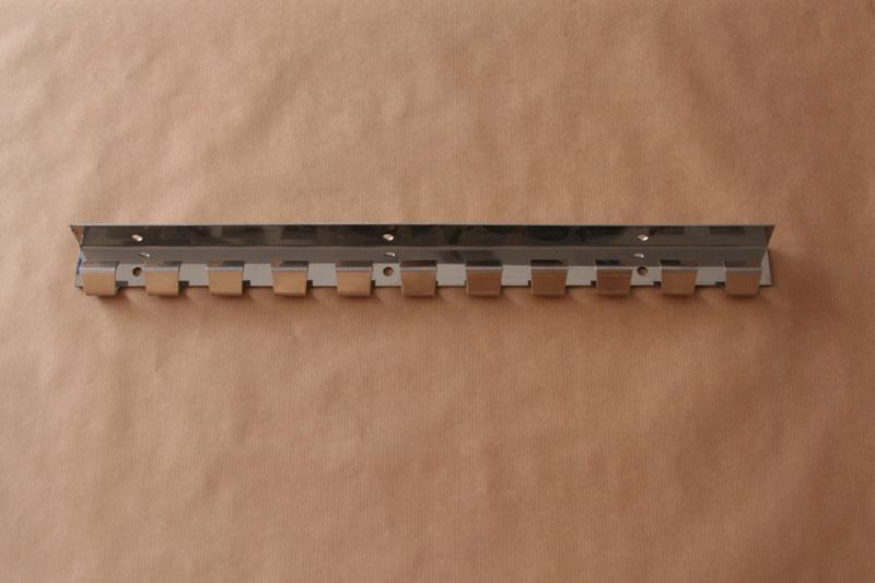 מסילת נירוסטה להתקנת וילונות PVC