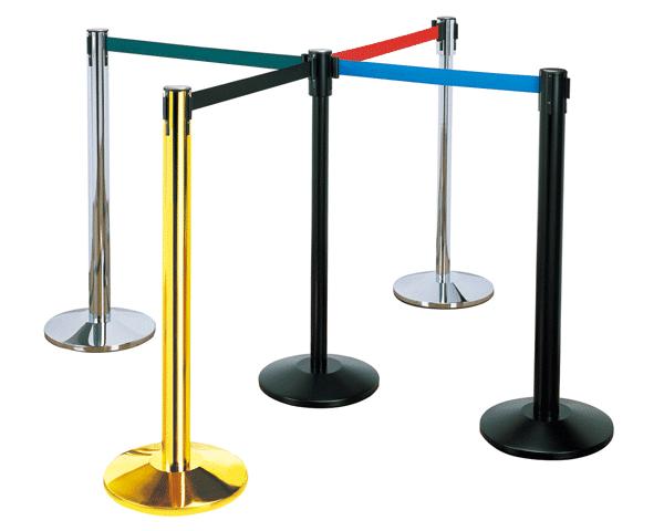 עמודי תור עם רצועות קפיציות בצבעים שונים