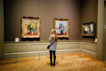 עמודי תור לתערוכות מיצגים ומוזיאונים